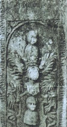 Náhrobek v ruině kostela v Šitboři je na příkaz hraběte vytvořenou umělou záhadou