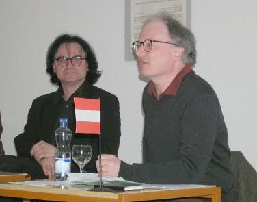 S Wernerem Fritschem v Jihočeské vědecké knihovně za oslav Stifterova roku 2005