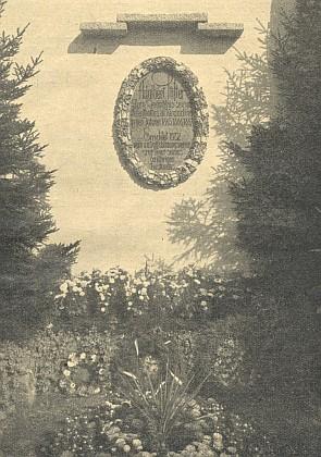 Stifterova pamětní deska v rakouském Kirchschlagu, jejímž autorem je významný výtvarník vídeňské secese Leopold Forstner (1878-1936), rodák z Bad Leonfelde
