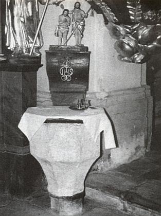 Křtitelnice farního kostela ve Svérazi
