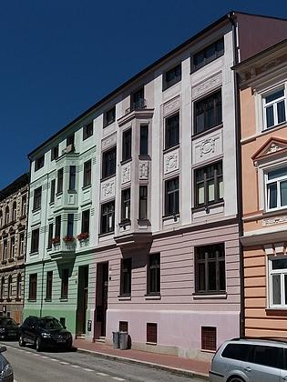 Dům čp. 15 v Riegrově ulici na snímku z roku 2016