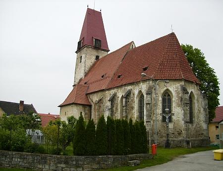Kostel sv. Ondřeje v Rychnově nad Malší, kde začal svou kněžskou dráhu