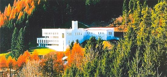 Novostavba innsbruckého Karmelu St. Josef z roku 2003