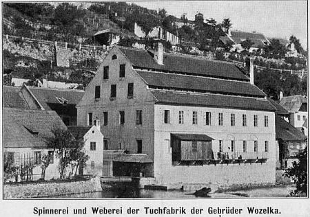 Wozelkovu přádelnu v Českém Krumlově koupil v roce 1926 Alois Sonnberger rodem z dnes zaniklých Kaplických Chalup a přebudoval ji na papírenský závod