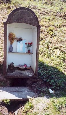 Svatý pramen u Chrobol na snímku zroku2006...