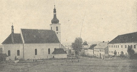 Dolní Vltavice se svým farním kostelem, dokud ještě stál