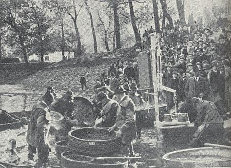 Výlov Olšiny na dvou starých snímcích ze stránek krajanského časopisu