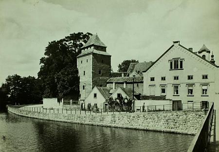 Dům čp. 10 v českobudějovické Biskupské ulici, kde žil