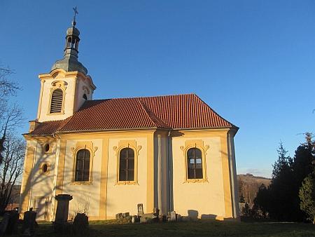 Kostel sv. Klimenta v rodných Chlumčanech u Loun