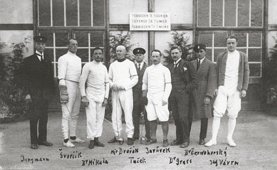 Čeští šermíři na olympiádě v Antverpách roku 1920