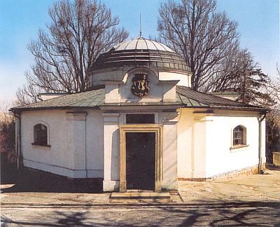 Hrobka ve Zdislavicích, kde je pochována