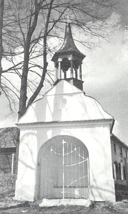 Kaple ve Střeziměřicích (Tritschmersch), jejíž snímek zveřejnila v krajanském měsíčníku