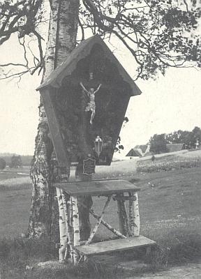 Někdejší votivní kříž u zaniklého Pohoří naŠumavě