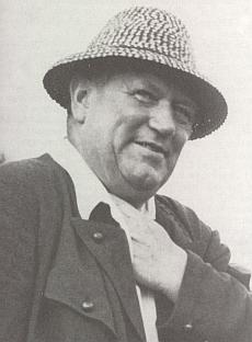 Jeho starší bratr Alois (1879-1947), významný schwarzenberský lesník...