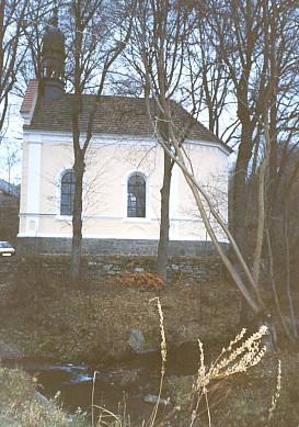 Kaple v Dlouhé Stropnici nad řekou Stropnicí dnes...