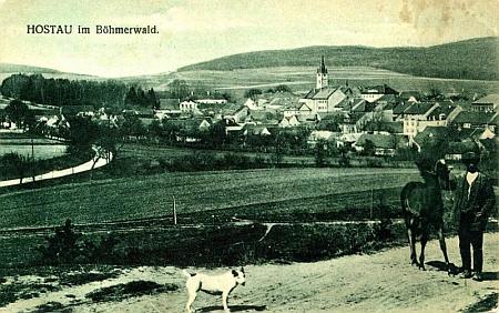Hostouň na pohlednici z roku 1923