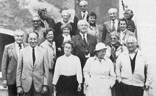 Mezi absolventy této školy, jak se sešli v bavorském Řezně po padesáti letech