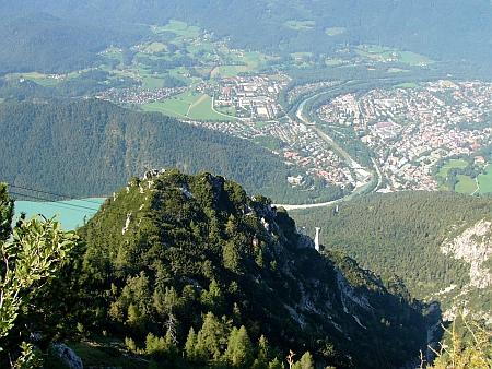 Pohled na Bad Reichenhall, kde ži a zemřel, z vrcholu hory Predigtstuhl