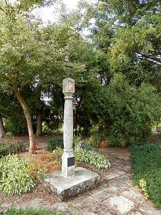 Tady býval hřbitov v Černé v Pošumaví