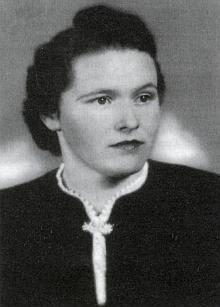 Její maminka Maria Gebhardová se narodila roku 1917 vHůrce a zemřela 2000 v bavorském Teisendorfu...