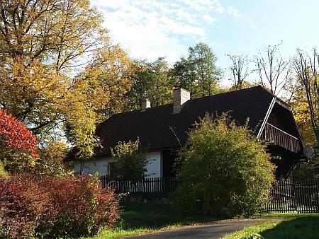 Přestavěný rodný dům jeho otce (čp. 3) v Leptači