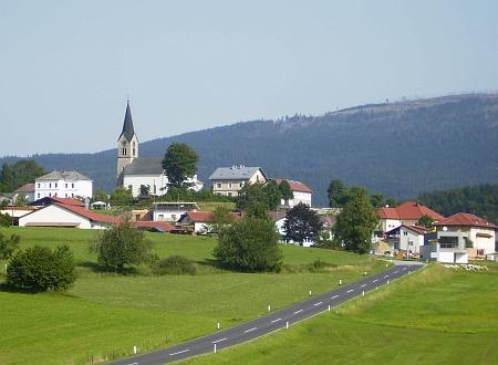 """Rodný Schwarzenberg """"na Šumavě"""" na snímku z roku 2011"""