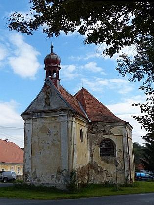 Kostel sv. Vavřince a kaple sv. Judy Tadeáše ve Štítarech