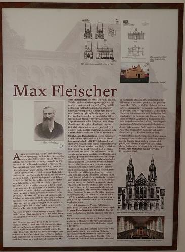 Takto je připomenut v expozici na českobudějovickém židovském hřbitově