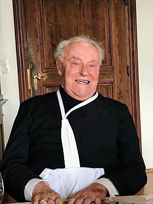 Na snímcích z oslav 70. výročí jeho kněžství (2017)