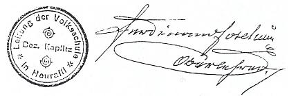 Jeho podpis s razítkem školy v Přední Výtoni