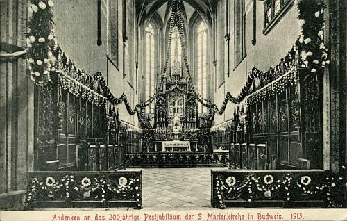 Interiér kostela Obětování Panny Marie na pohlednici z počátku 20. století