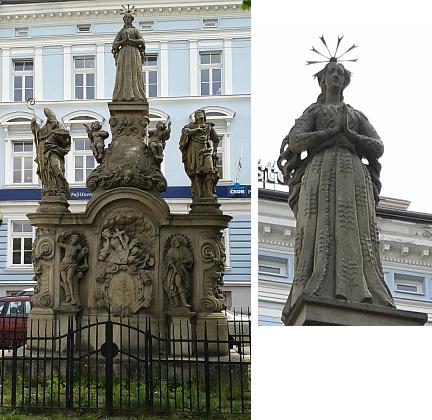 Panna Maria Budějovická na Mariánském sloupu na stejnojmenném náměstí