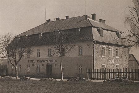 Někdejší hotel Schwarzenberg v Kunžvartu