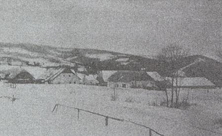 Jeho rodná ves Nimpfergut (dnes Dobronín) pod někdejšími sněhy