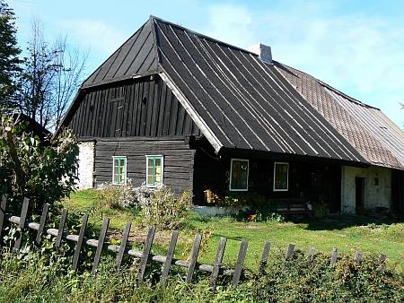 Dvě staré chalupy v osadě Svojše, dnes části města Rejštejn