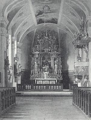 Interiér kostela ve Svatém Kameni s hlavním oltářem, jak vyhlížel kdysi