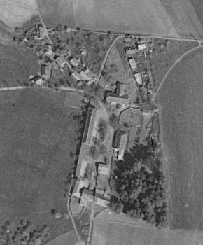 Rodná Loučová na leteckých snímcích z let 1949 a 2008