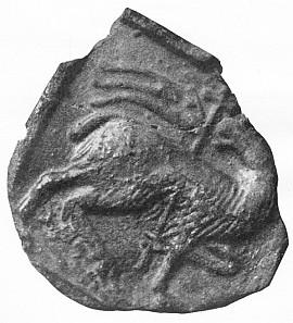 """Kachel s """"beránkem Božím"""" nalezený ve zříceninách hradu Hus"""