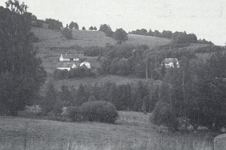 Rodné Krejčovice v roce 1945 a 1986