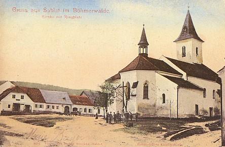 Kostel Stětí sv. Jana Křtitele v Záblatí na pohlednici z r. 1905
