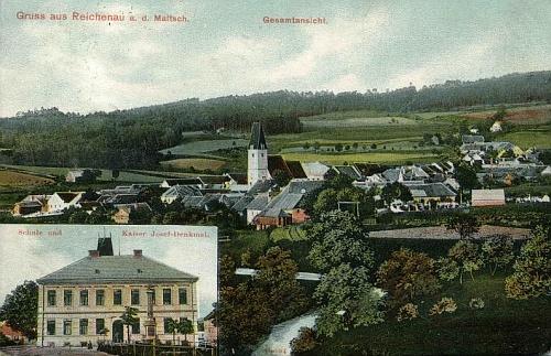Na staré pohlednici Rychnova nad Malší je ve výřezu i místní škola