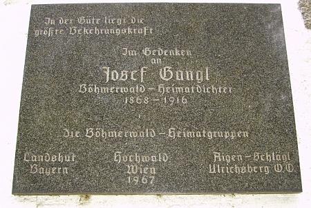 """... a na """"Kapli Šumavanů"""" u Schöneben"""