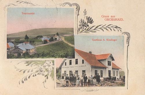 """Stará """"složená"""" pohlednice z Velkého Boru, kde dnes zbyl jen památník obětem první světové války"""