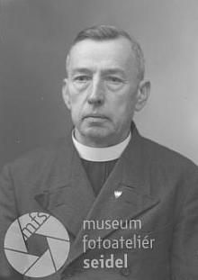 Na snímku z fotoateliéru Seidel, datovaném 23.listopadu 1939