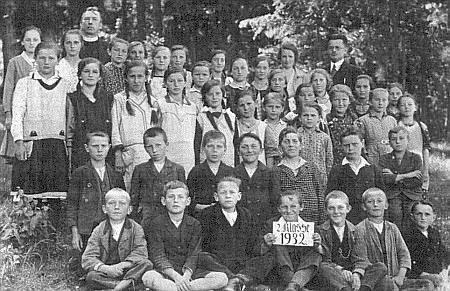 S boletickými dětmi v roce 1932