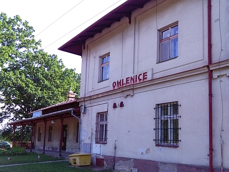 Železniční stanice v Omlenici, jedno z míst, kde boje v roce 1918 probíhaly