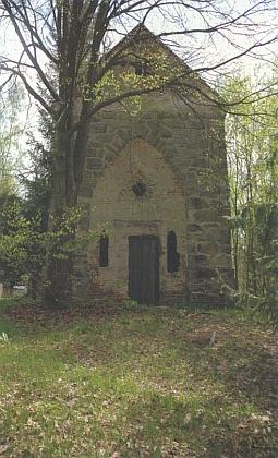 Poutní kaple na vrchu Kalvárie uHorního Dvořiště