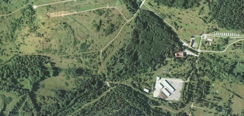 Podvoří a Beníkovice na leteckých snímcích z let 1947 a 2008