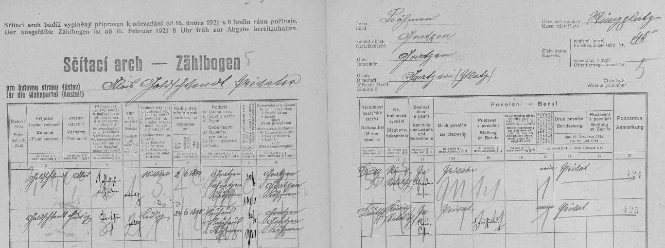 Arch sčítání lidu z roku 1921 pro dům čp. 45 na náměstí v Nových Hradech, kde už ovdovělý žil se svou dcerou