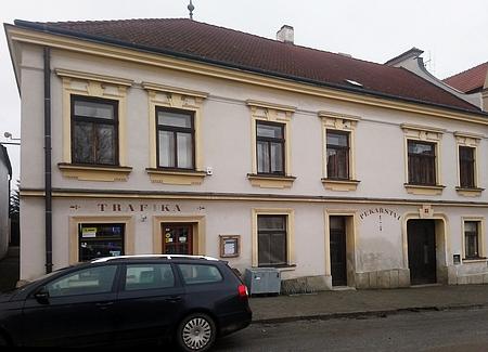 """Dům čp. 74 zvaný """"Statek"""" v Novohradské České ulici"""